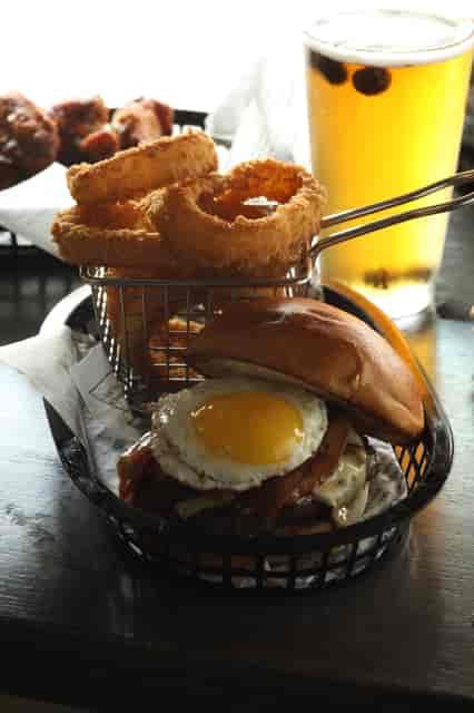 roadhouse burger
