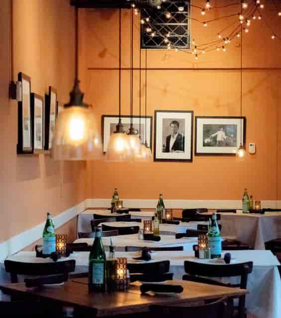 interior restaurant tables
