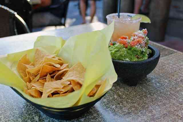 chips guac marg
