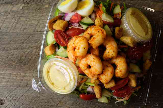 house salad with shrimp