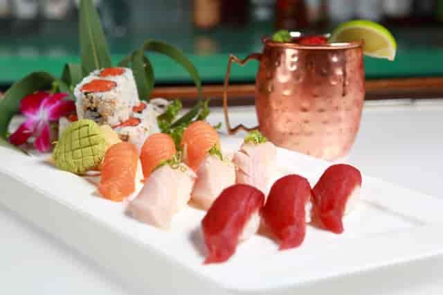 triple sushi deluxe