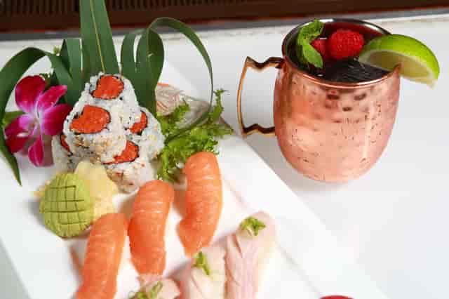 deluxe sushi dinner