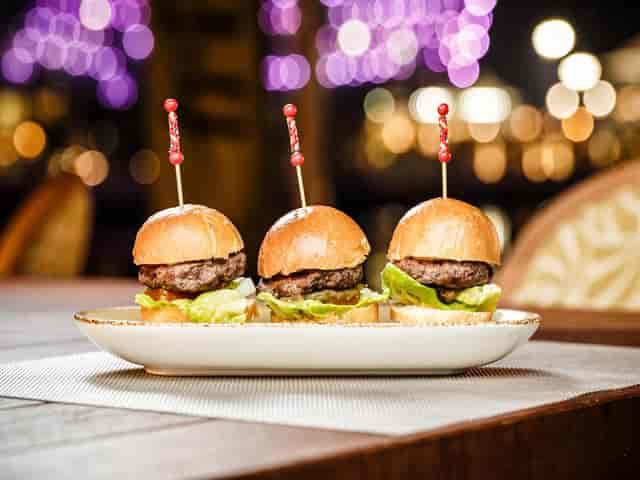 three slider burgers