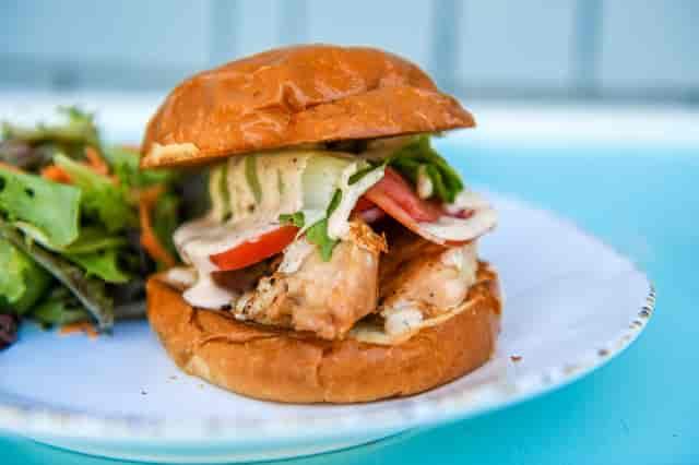 bacon ranch chicken sandwich