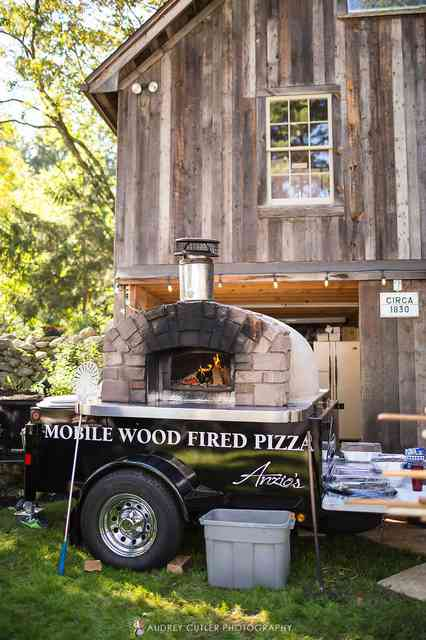 Mobile brick oven at wedding