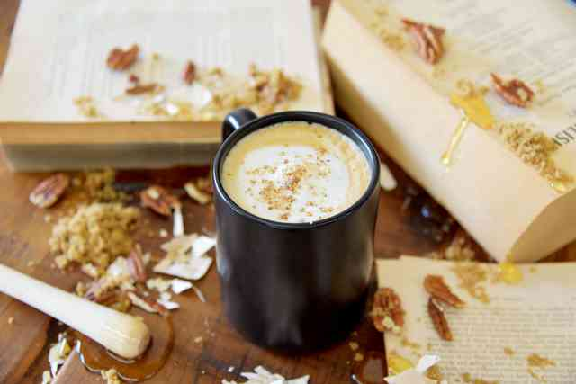 honey roasted pecan latte
