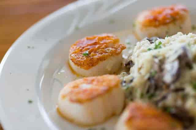 scallops and mushrooms