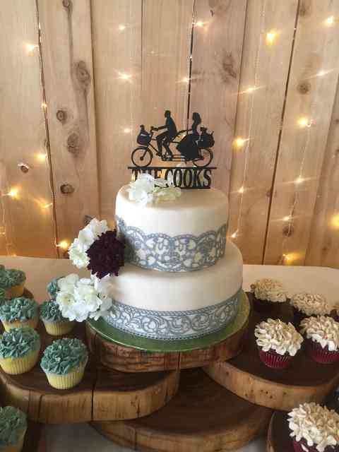 The Cooks wedding cake