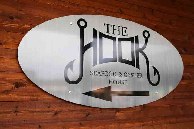 The Hook Seafood and Oyster House Sign