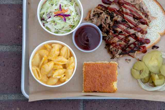 meat plate pulled pork