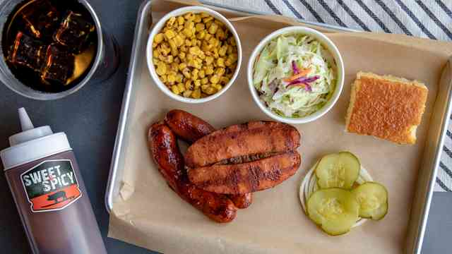 meat plate with hot links