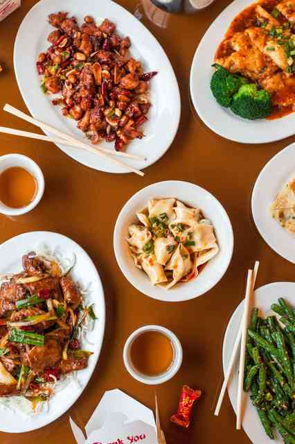 Fortuna Cafe Chinese Food Spread