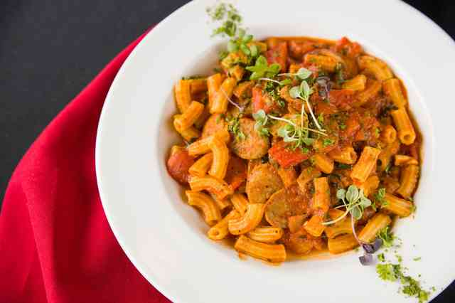 Pasta with meat and red sauce