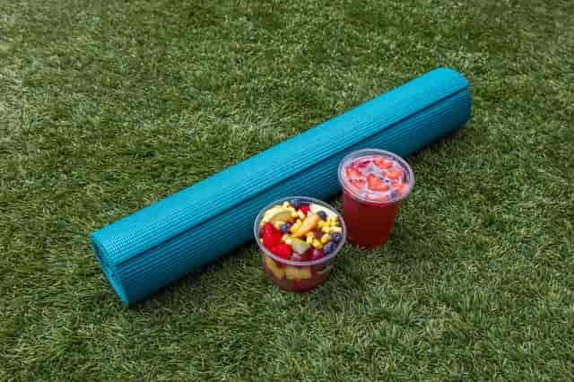 yoga mat with juice