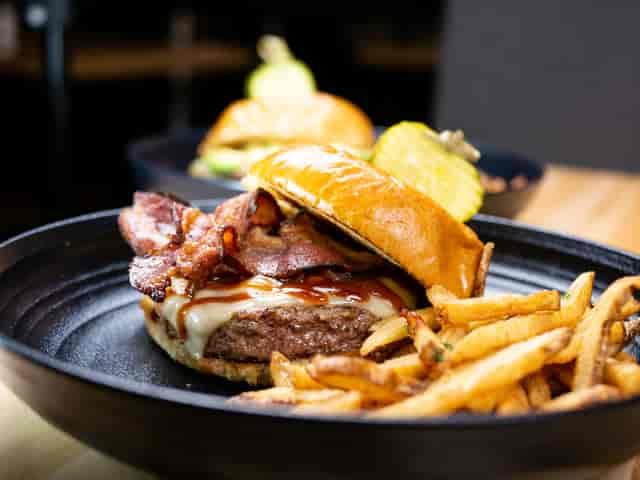 bacon burger