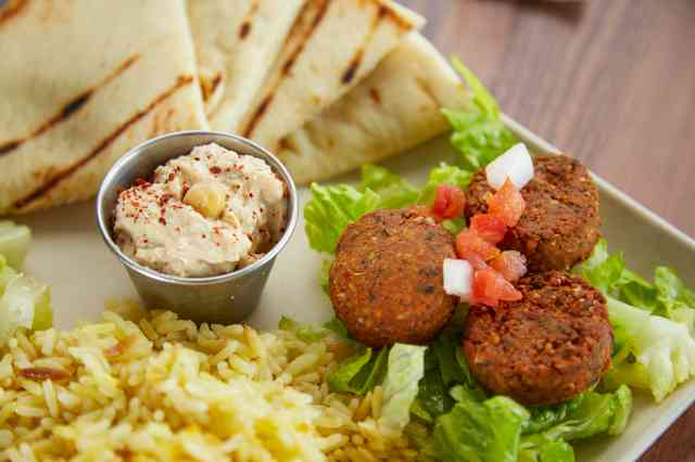 The Great Greek Mediterranean Grill Breaks Ground in Palm Beach Gardens