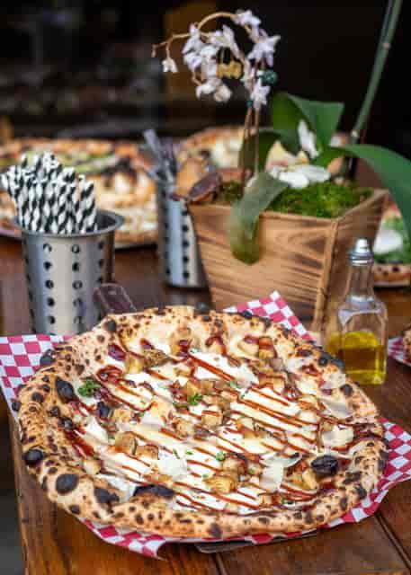 Pizza Galosa