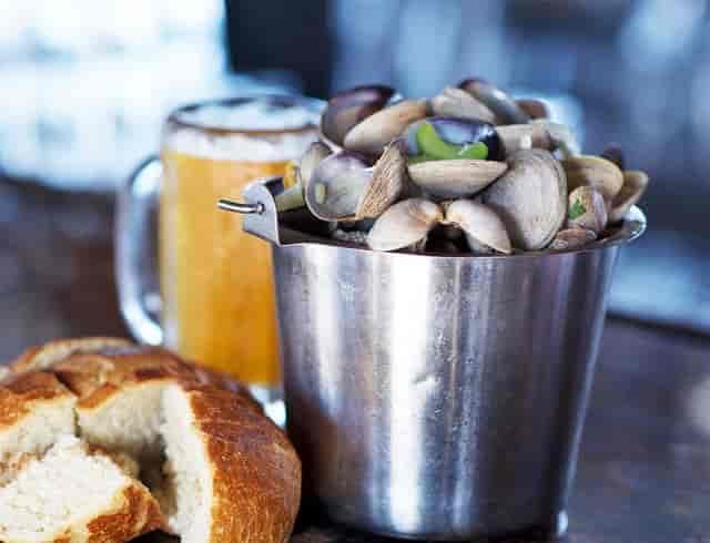clam bucket