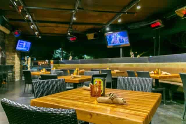 tables inside Scottsdale location