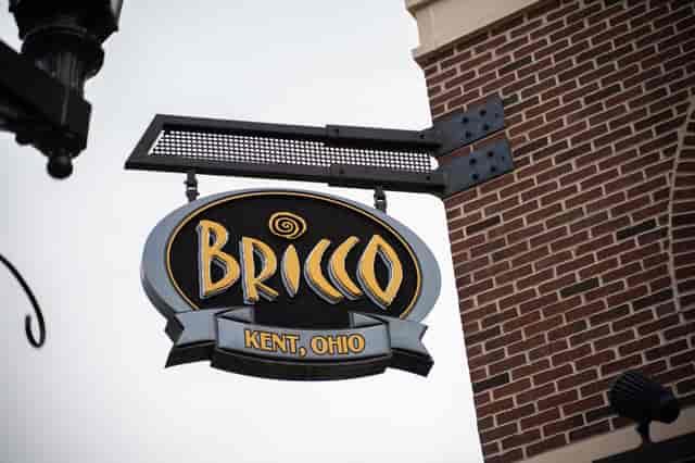 BRICCO SIGN 2