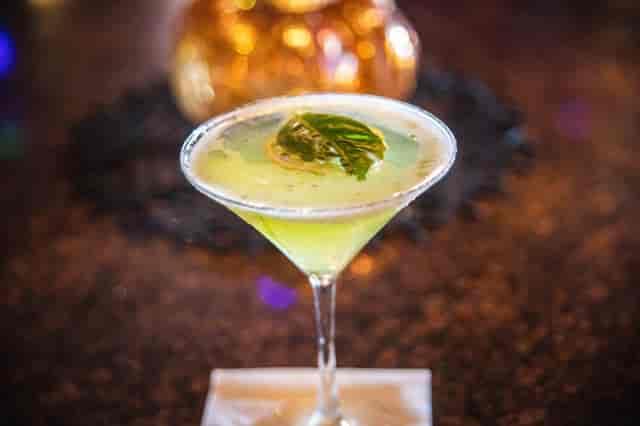 lemon basil martini