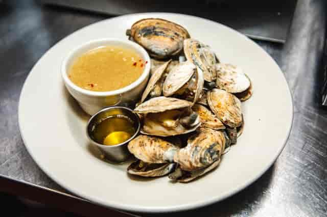 steam clams