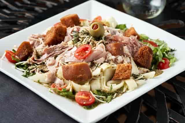Muffuletta Salad