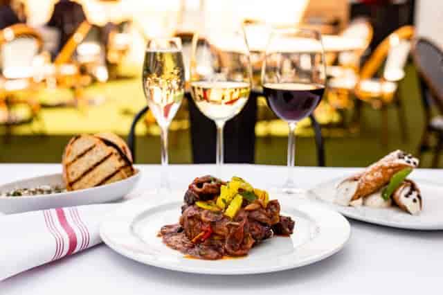 Wine & Dine Dinner