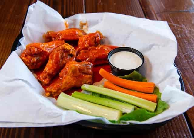 regular hot wings