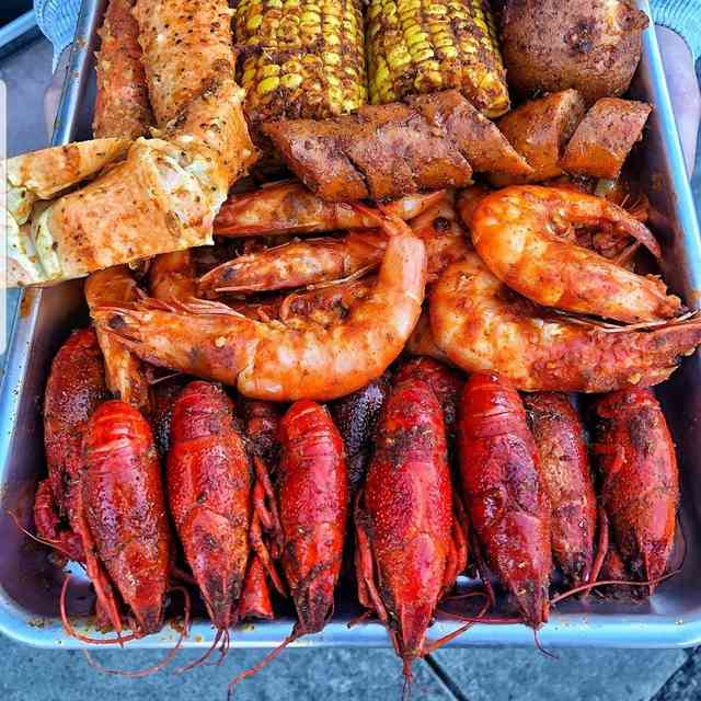 Lobster and crab legs