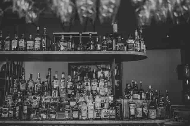 interior bar bw