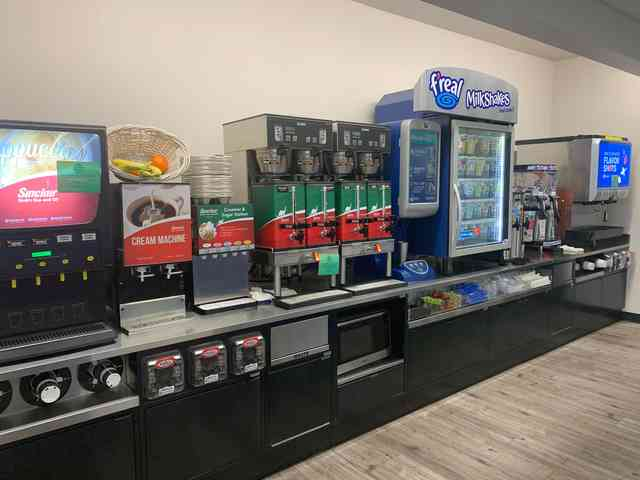 self-serve pepsi drink machine