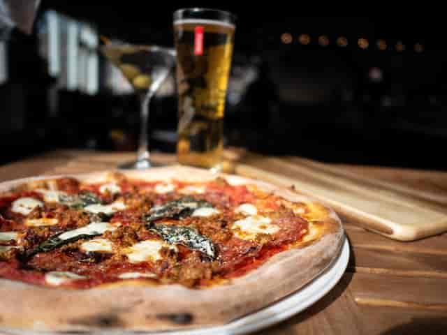 margarita Neapolitan Pizza