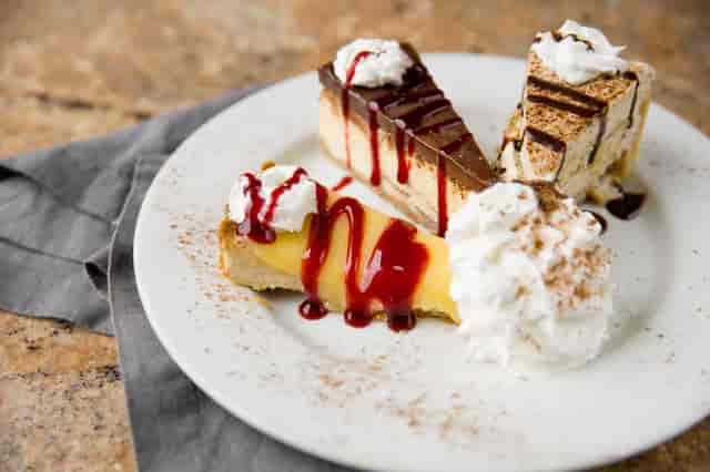 trio desserts