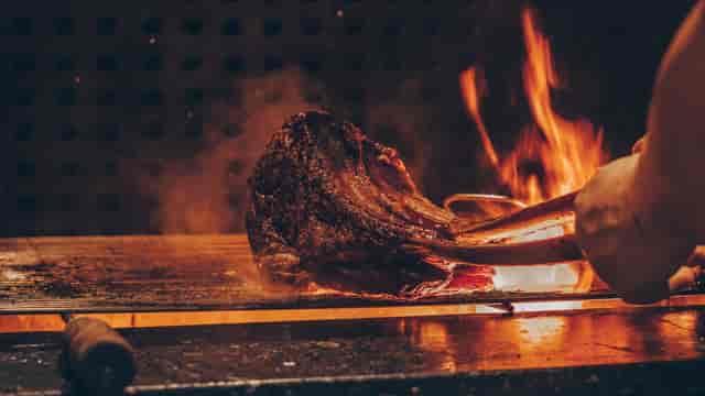 steak in fire