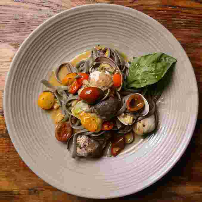 Squid Ink Linguine & Clams