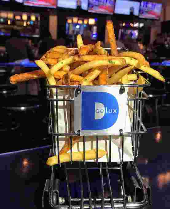 DELUX BASKET OF MIXED FRIES
