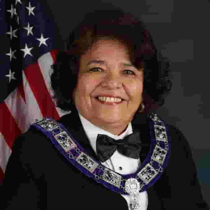 Linda Fernandez PER (Spouse: Danny PER)