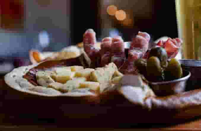 Pretzel Cheese Plate