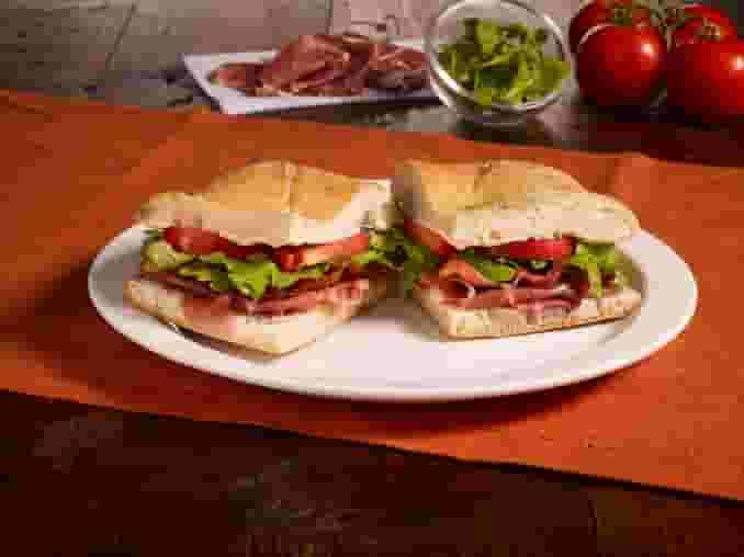 Box Lunch Bacon, Prosciutto, Arugula and Tomato (BPAT)(CP)