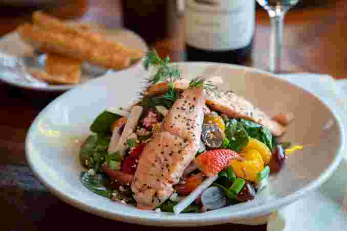 Salmon-Spinach Salad
