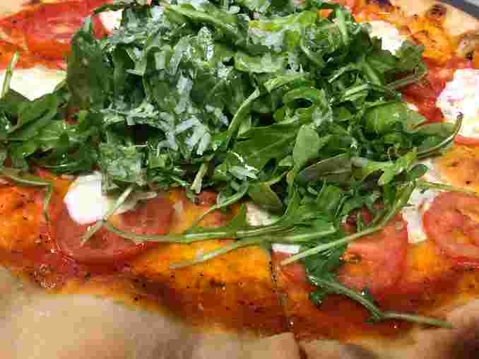 Caprese and Arugula Pizza
