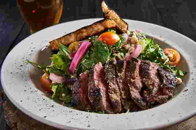 Ale House Steak Salad*