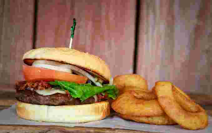 Spicy Southwest Bacon Burger*