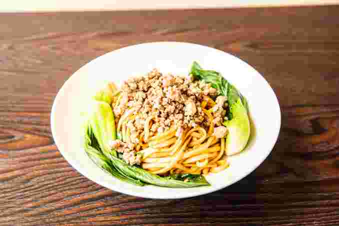 Spicy Noodles with Minced Pork 素椒炸酱面