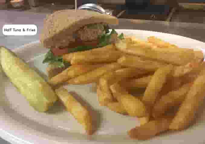 1/2 Sandwich (Ham, Turkey, Tuna or Roast Beef)