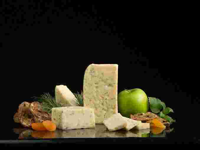 Cream Havarti Cheese with Dill