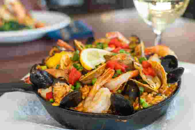 Barcelonan Seafood Paella