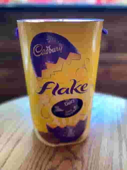 Cadbury Easter Egg Flake Large