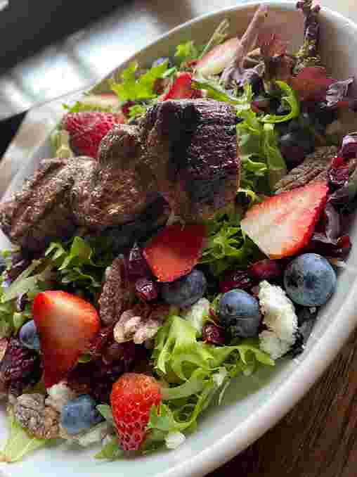 Pecan Berry Salad